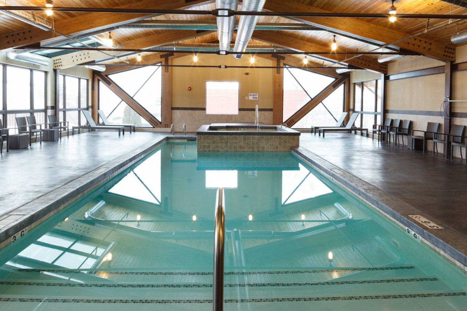 Official 49er inn suites town square inns - 24 hour fitness with swimming pool locations ...