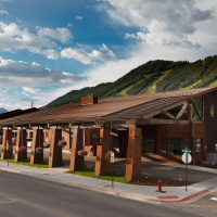 Meet the Brand New 49er Inn & Suites