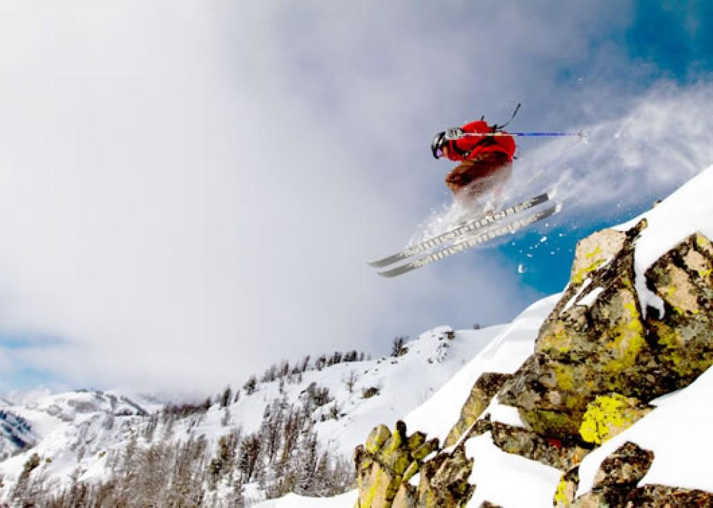 Ski & Save In Jackson Hole at Town Square Inns