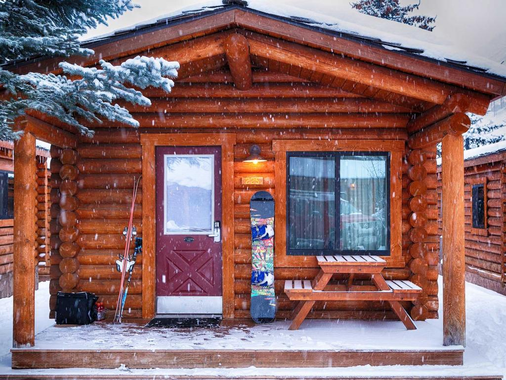 Your Guide to Log Cabin Rentals In Jackson Hole, WY